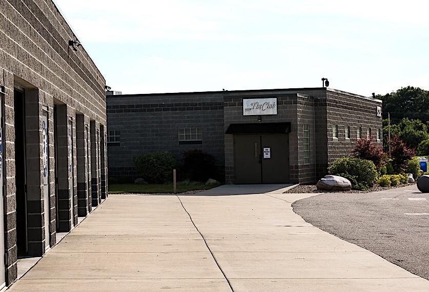 Putnam Park Road Course Garages